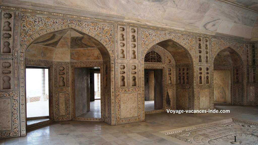 Le Khas Mahal à l'intérieur du Fort Rouge à Agra.